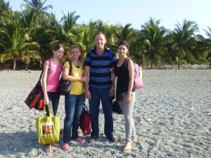 pr.David e familia
